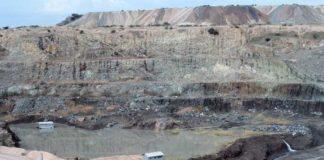 The Mwadui kimberlite diamond pit in Tanzania