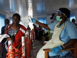 Ebola screening at Uganda-DR Congo border