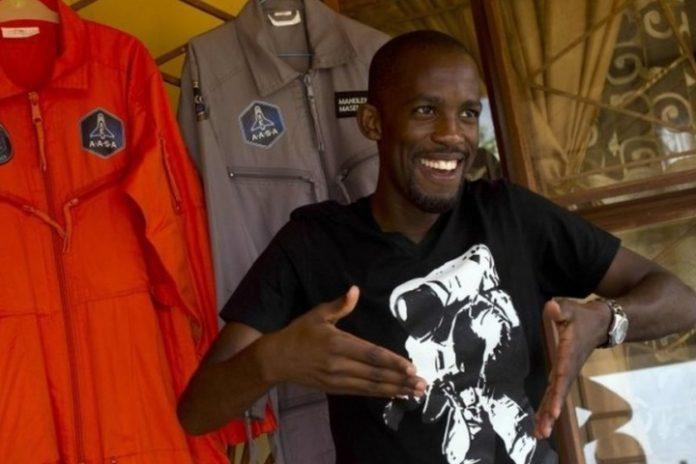 Spaceboy, Mandla Maseko