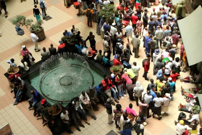 Zimbabwe inflation almost doubles, stirring memories of economic chaos