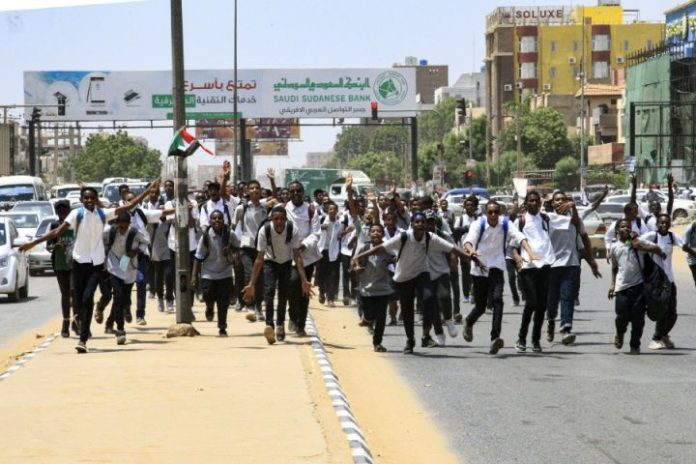 Sudan shuts down schools following protests over student killings