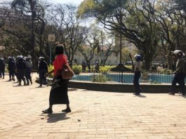 Zimbabwe on edge as opposition MDC challenges protest ban