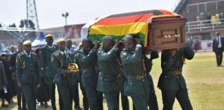 Mugabe funeral, Soldiers carrying the coffin