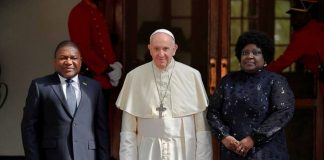 Pope Francis urge Mozambicans to nurture peace, make it last