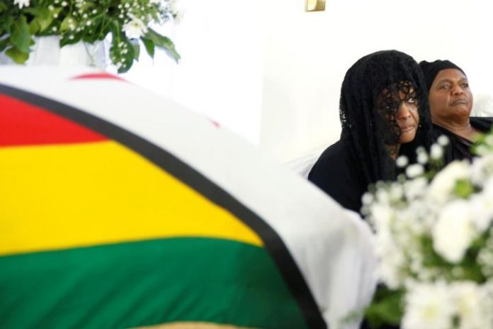 Burial dispute: Mugabe family prevails to bury him privately